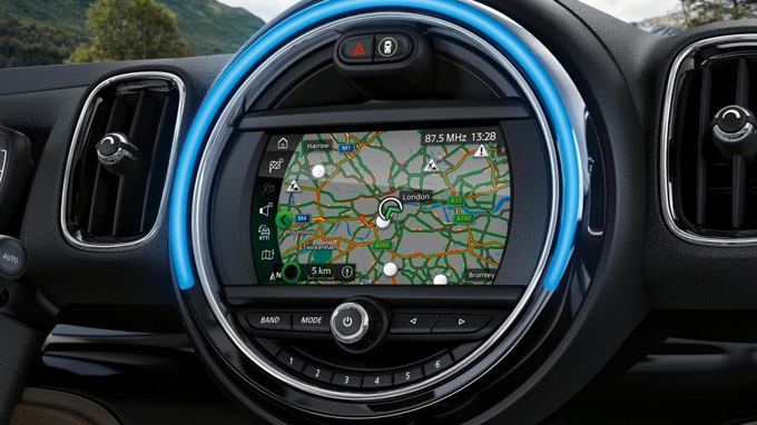 MINI CONNECTED NAVIGATION.